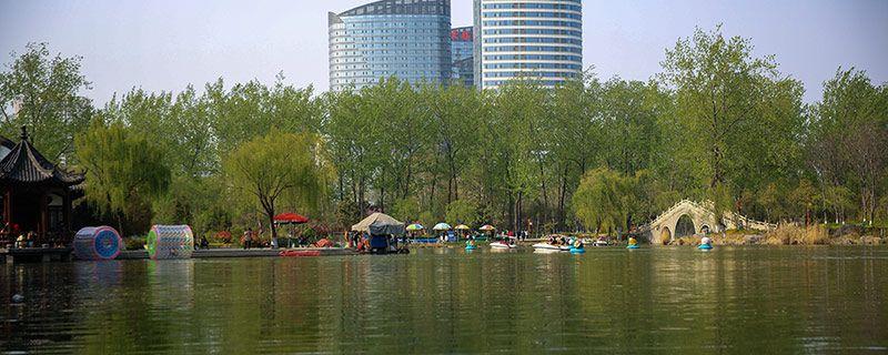 重庆在三峡大坝上游还是下游
